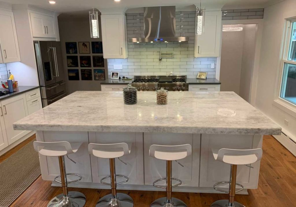 Quartzite Countertops in Highland Park